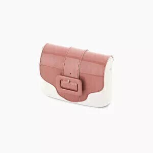 O bag pocket flap varnish (lak) faux leather with buckle cassis