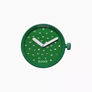 O clock dial crystal emerald