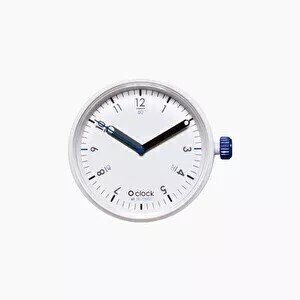 O clock dial 60 seconds blue on white